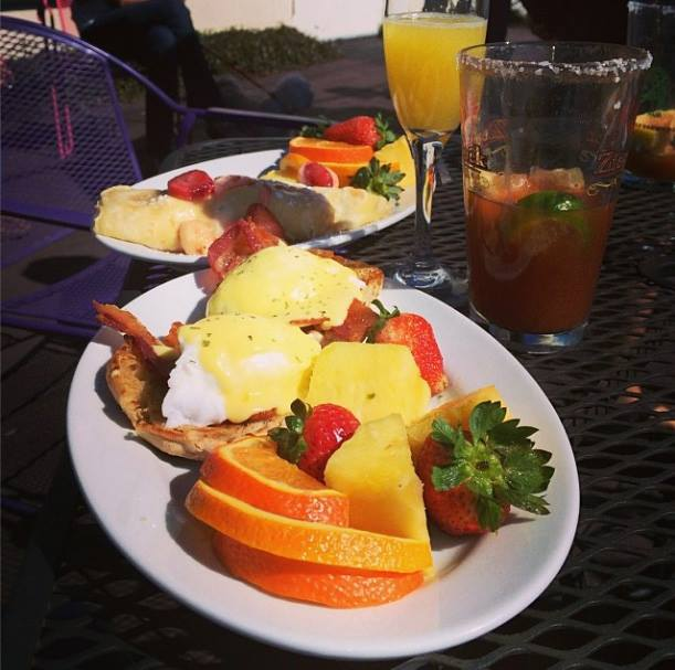 Saturday Brunch at The Logon Cafe and Pub